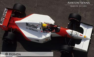 Ayrton-Senna-McLaren-MP4-7-1992