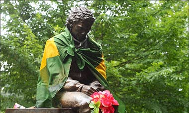 Ayrton Senna Imola statue