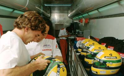 Ayrton-Senna-Imola-1990