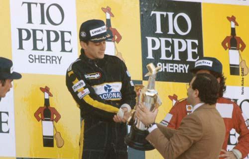 Ayrton-Senna-Podium-Jerez-1986