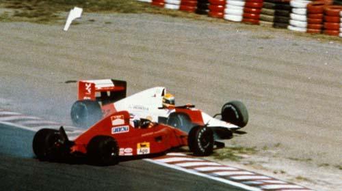 Suzuka-collision-1990-Ayrton-Senna