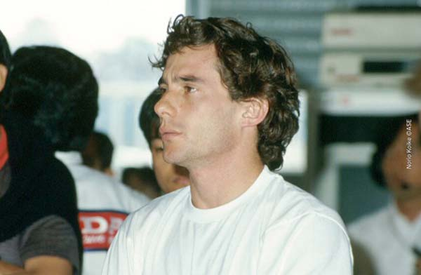 Ayrton-Senna-in-1990