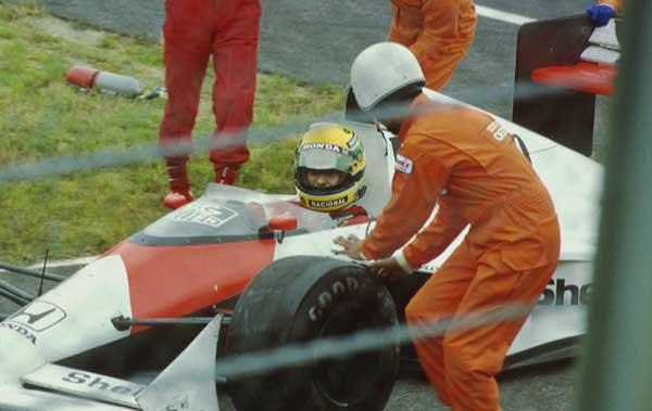 Ayrton-Senna-Suzuka-1989