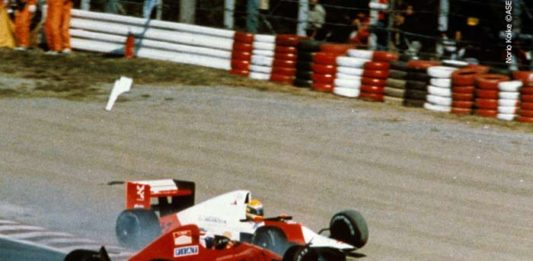 Senna - Prost collision 1990