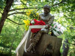 Tribute to Senna